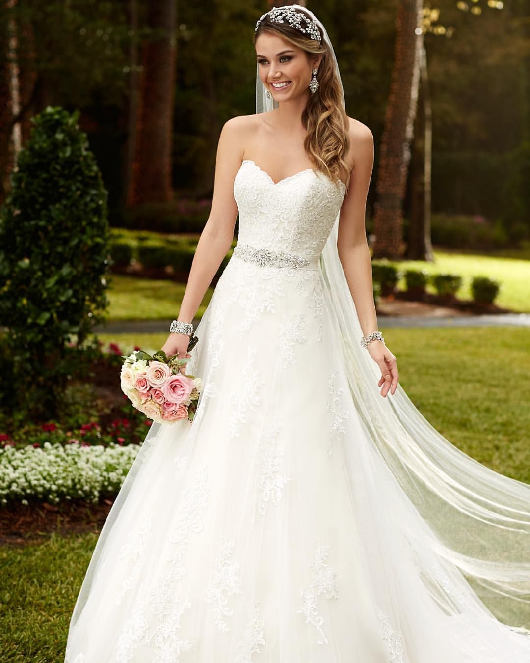 A blingedout bride could you get more stella blingbling