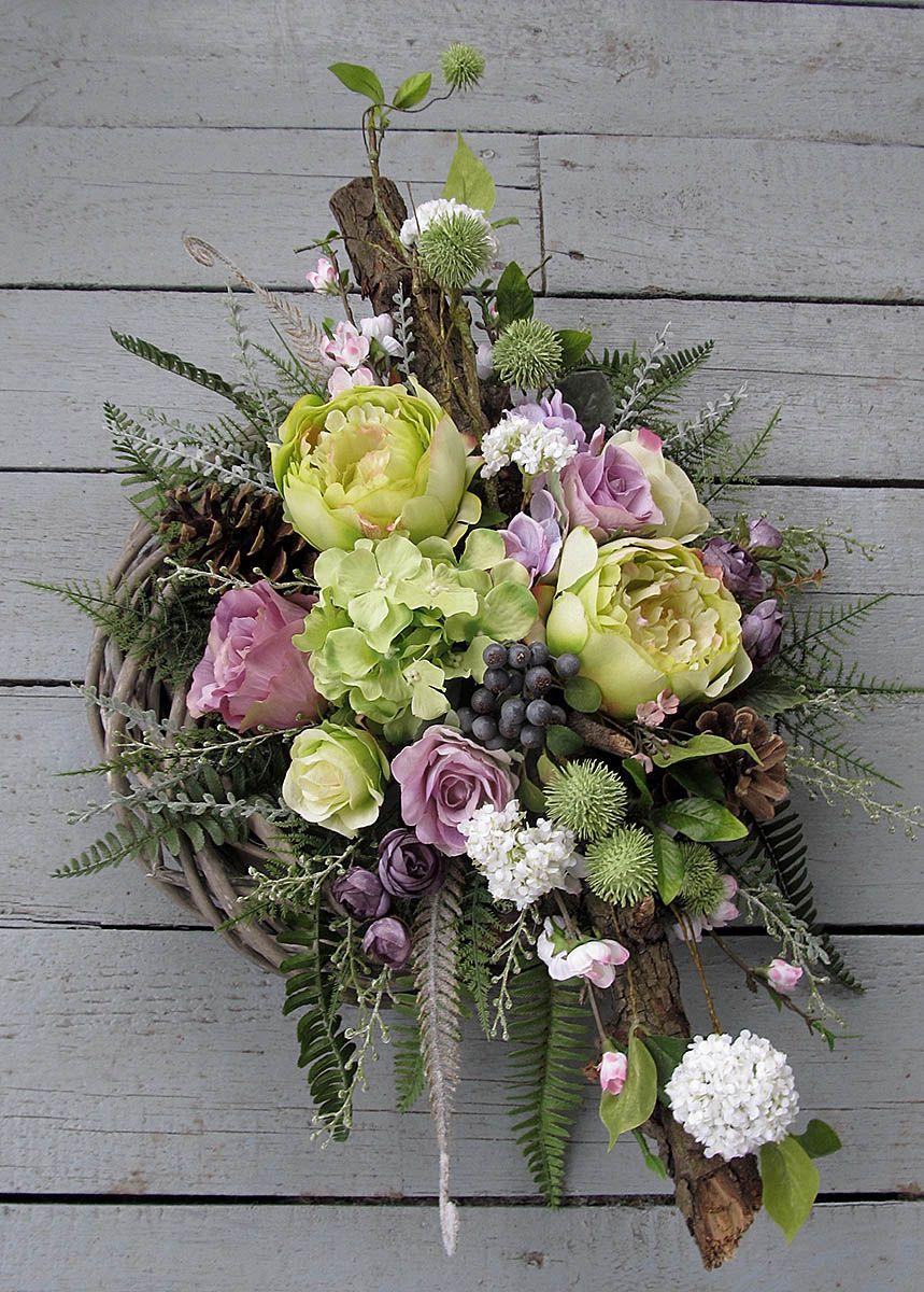 Bukiet Z Wiankiem Funeral Floral Funeral Flower Arrangements Funeral Flowers