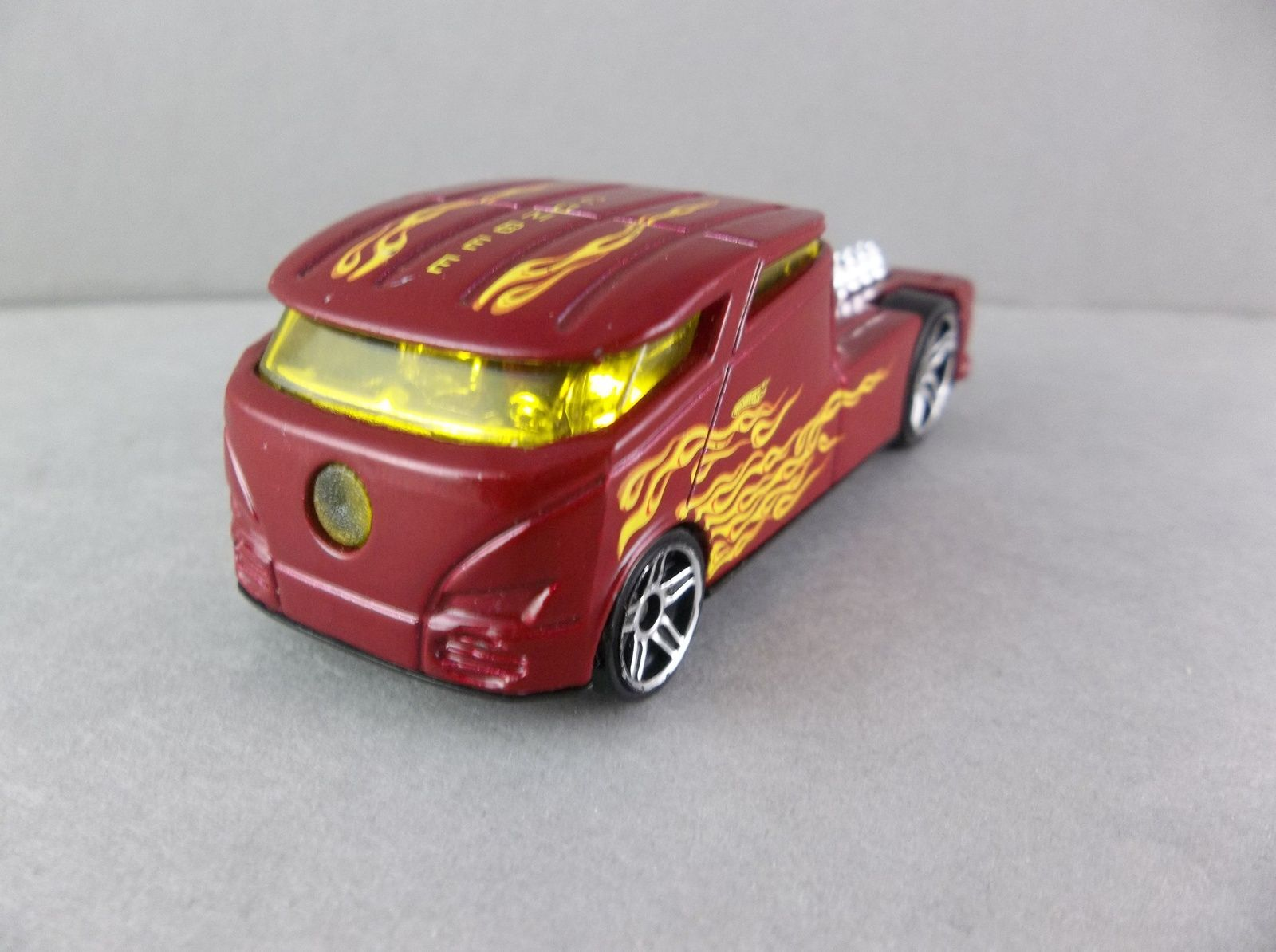 Toys car garage  Hot Wheels  Qombee Red With Flames Diecast Vehicle in   The