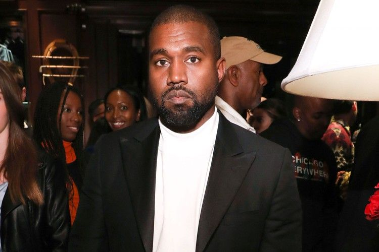 Kanye West Claims Harriet Tubman Never Actually Freed The Slaves At First Campaign Rally Entertainment Weekly In 2020 Harriet Tubman Campaign Rally Kanye West