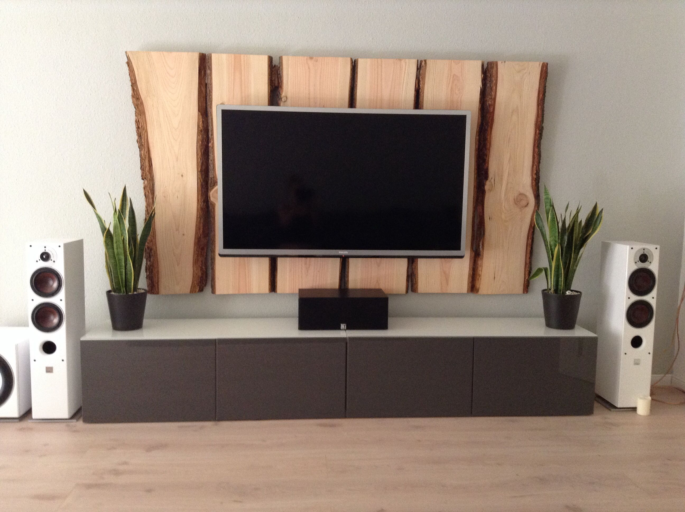 Holz TV Wand - TV Wall Wood | Tv wand holz, Tv wand ...