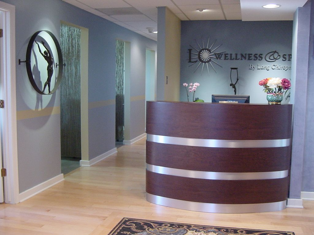 front office desks. Lang Chiropractic - Chiropractor In Abington, PA, USA :: Virtual Office Tour Front Desks