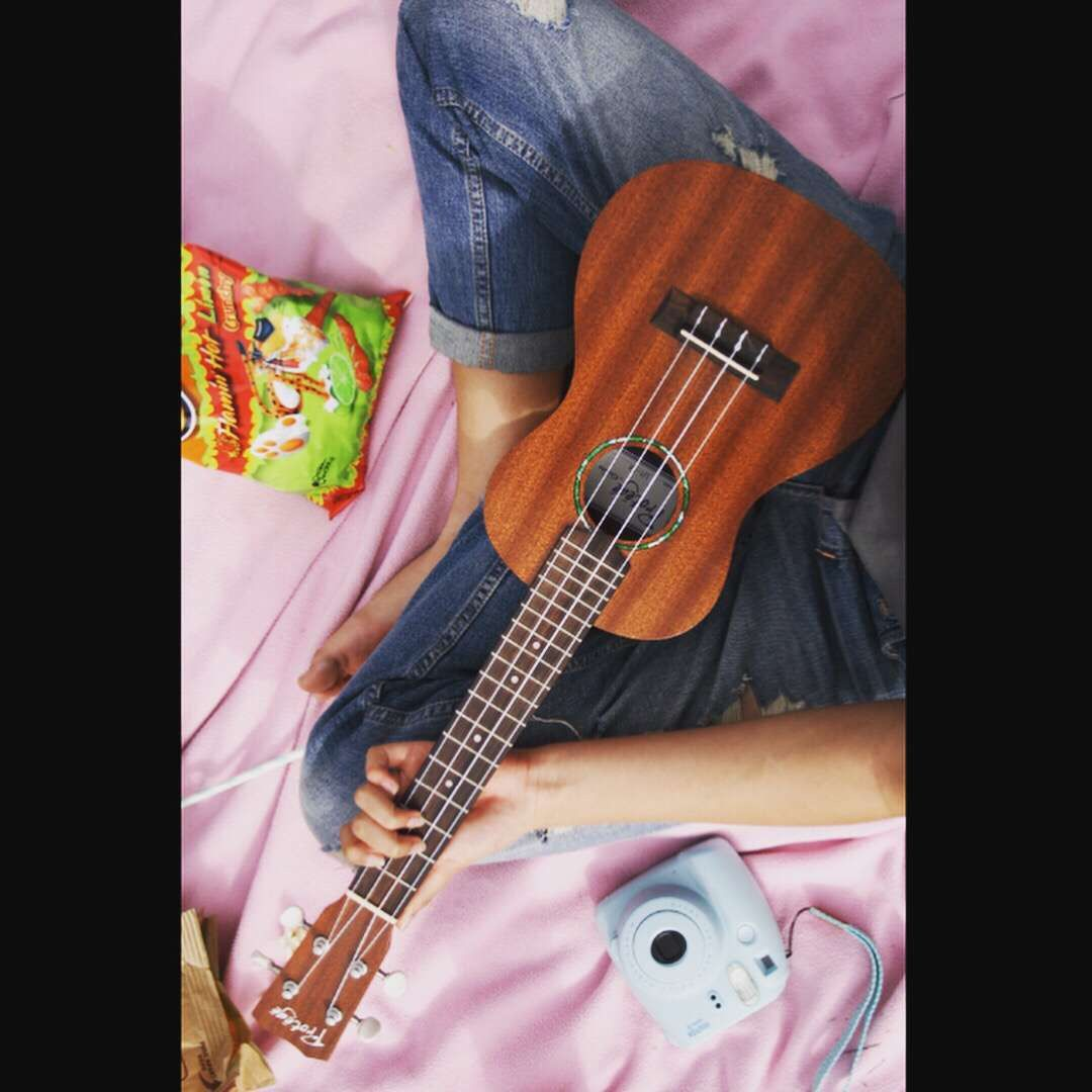 Pin by kaitie on picnic music instruments guitar