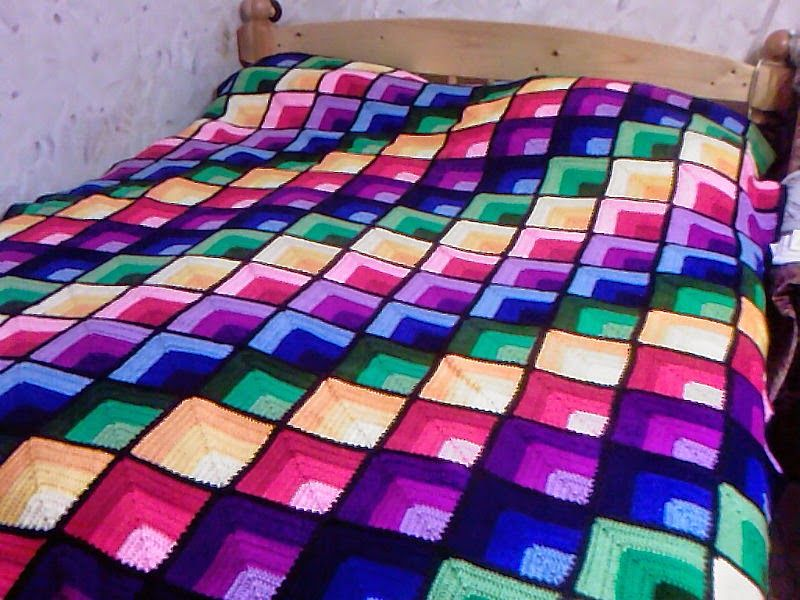 Magnífica manta cubrecama al crochet | Todo crochet