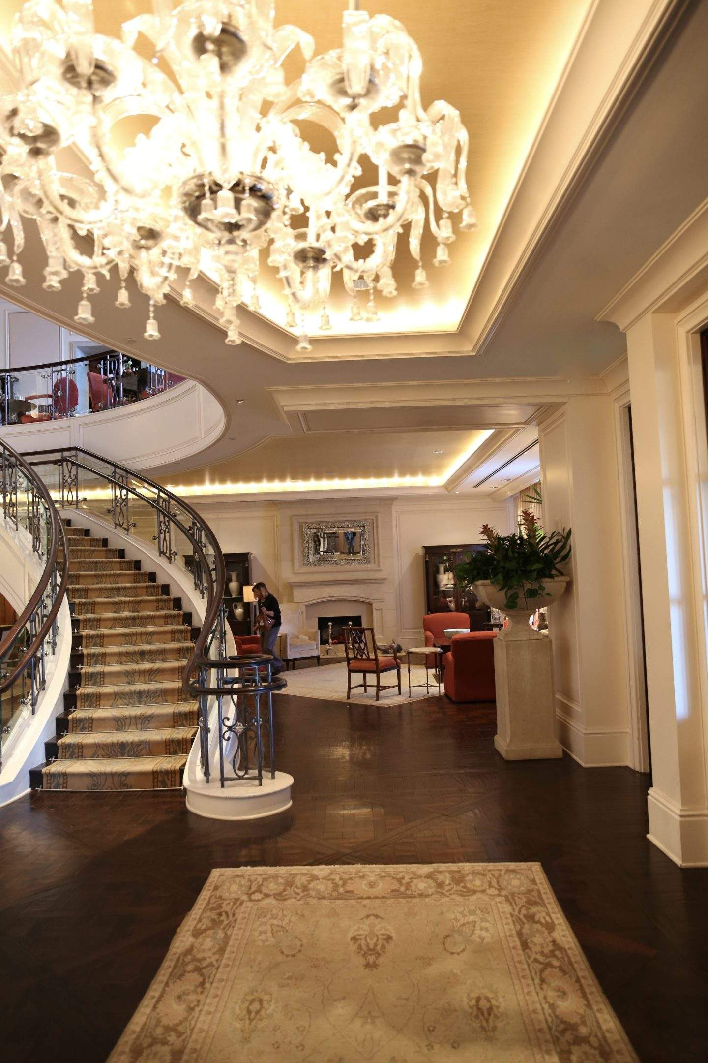 bluegraygal Luxury hotel, Hotel, Five star hotel
