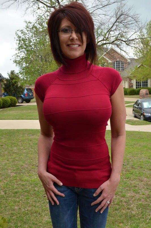 tops tight Big tits