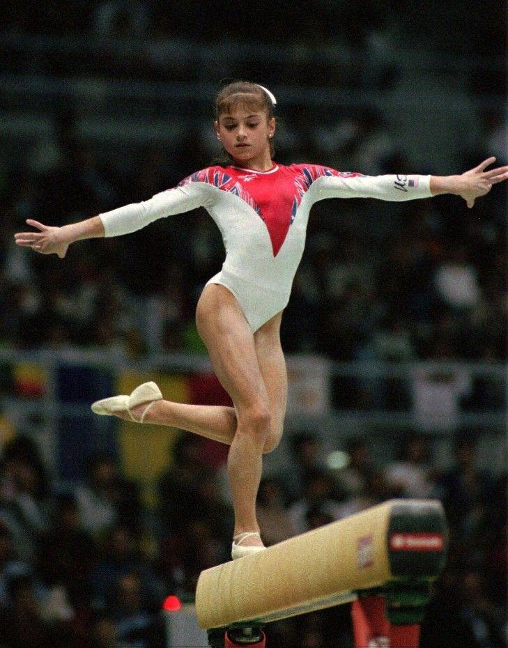 Dominique Moceanu | Gymnastics poses, Gymnastics