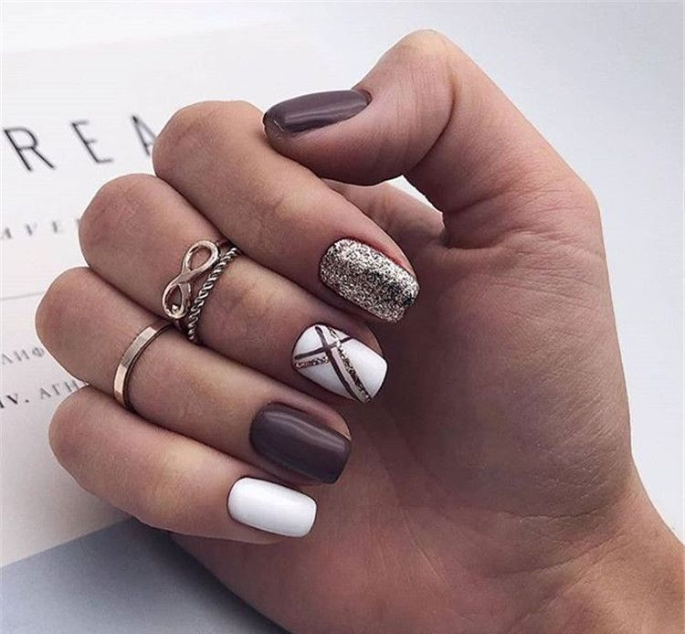 55 Stylish Nail Designs For New Year 2020 Nail Art Is Like The Icing On The Cake It Ties Your Look T Minimalist Nails Stylish Nails Designs Stylish Nails
