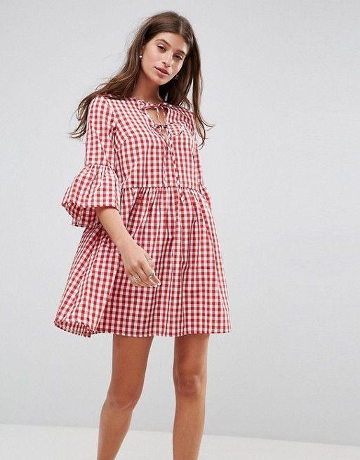 ASOS | Свободное платье в клеточку со шнуровкой и рукавами клеш ASOS