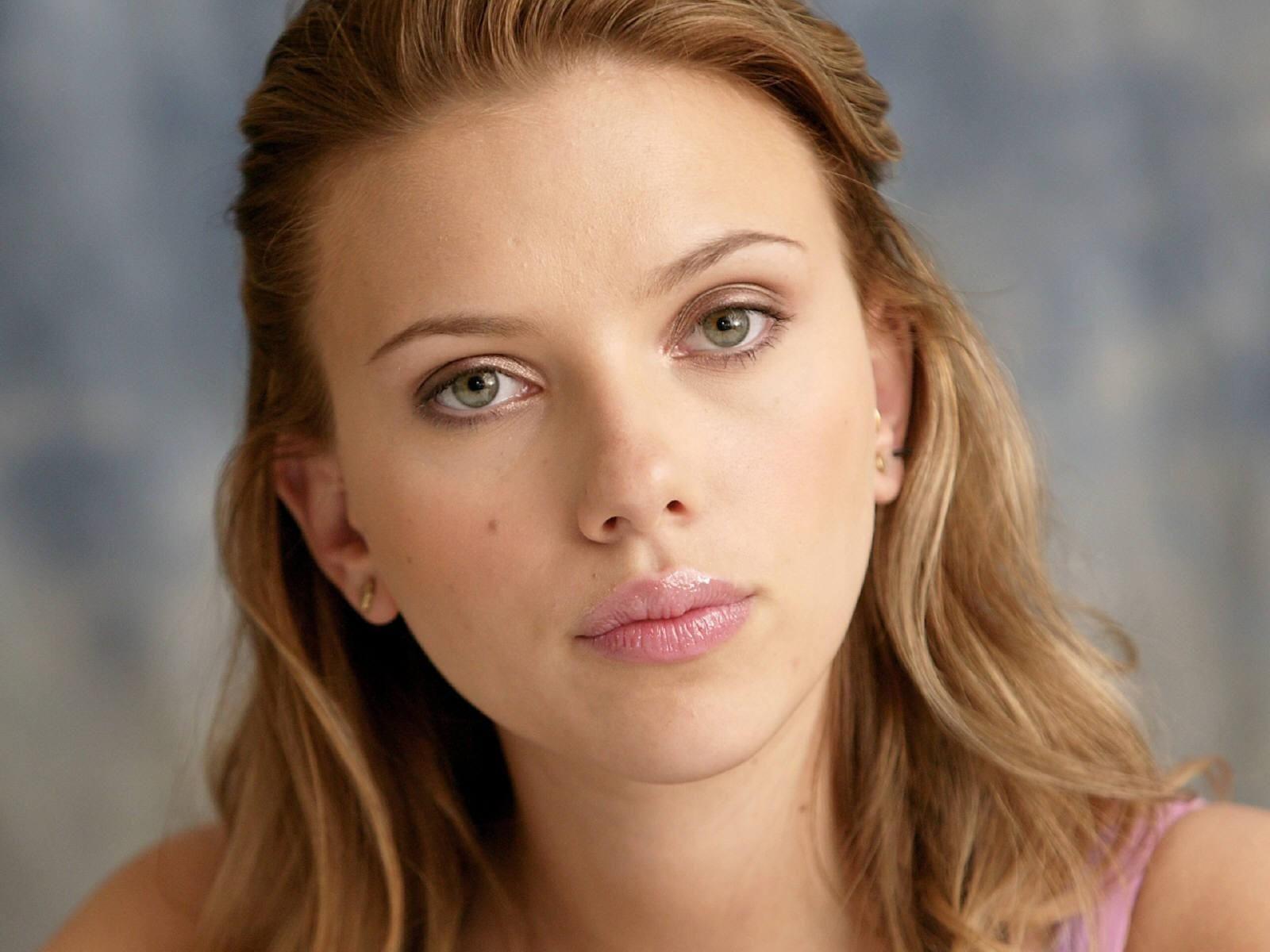 scarlett johansson yüz görüntüsü Scarlett johansson