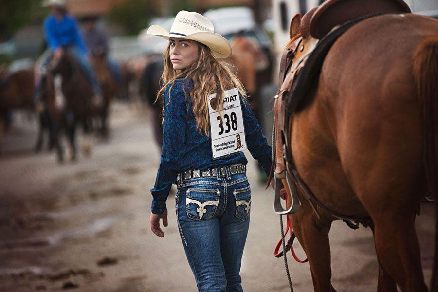 Hot rodeo girl pics