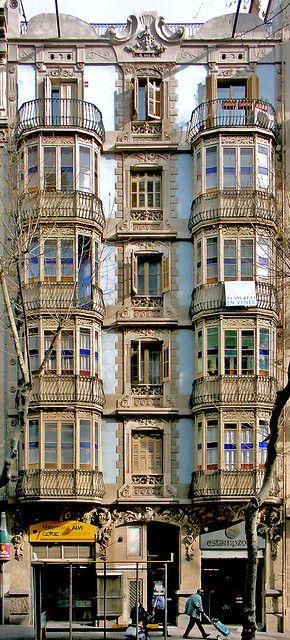 Casa Josefa Piñol  1906  Architect: Manuel Guitart i Codorniu
