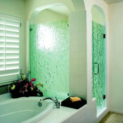 Corner Shower Units Fiberglass Frameless Frosted Glass Like The Color Of Glass But Blue Banos De Lujo Decoracion De Banos Pequenos Banos Pequenos