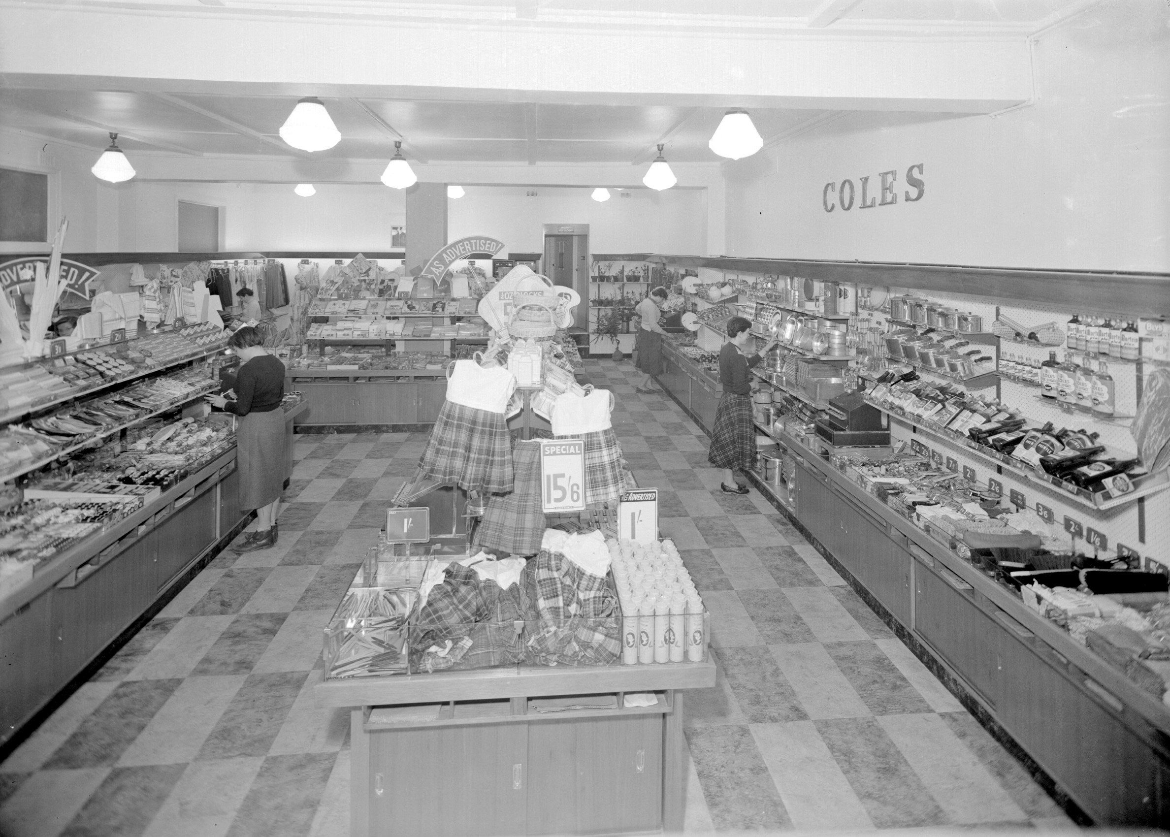Shopping in Coles in the 1950's Vintage mall, Melbourne
