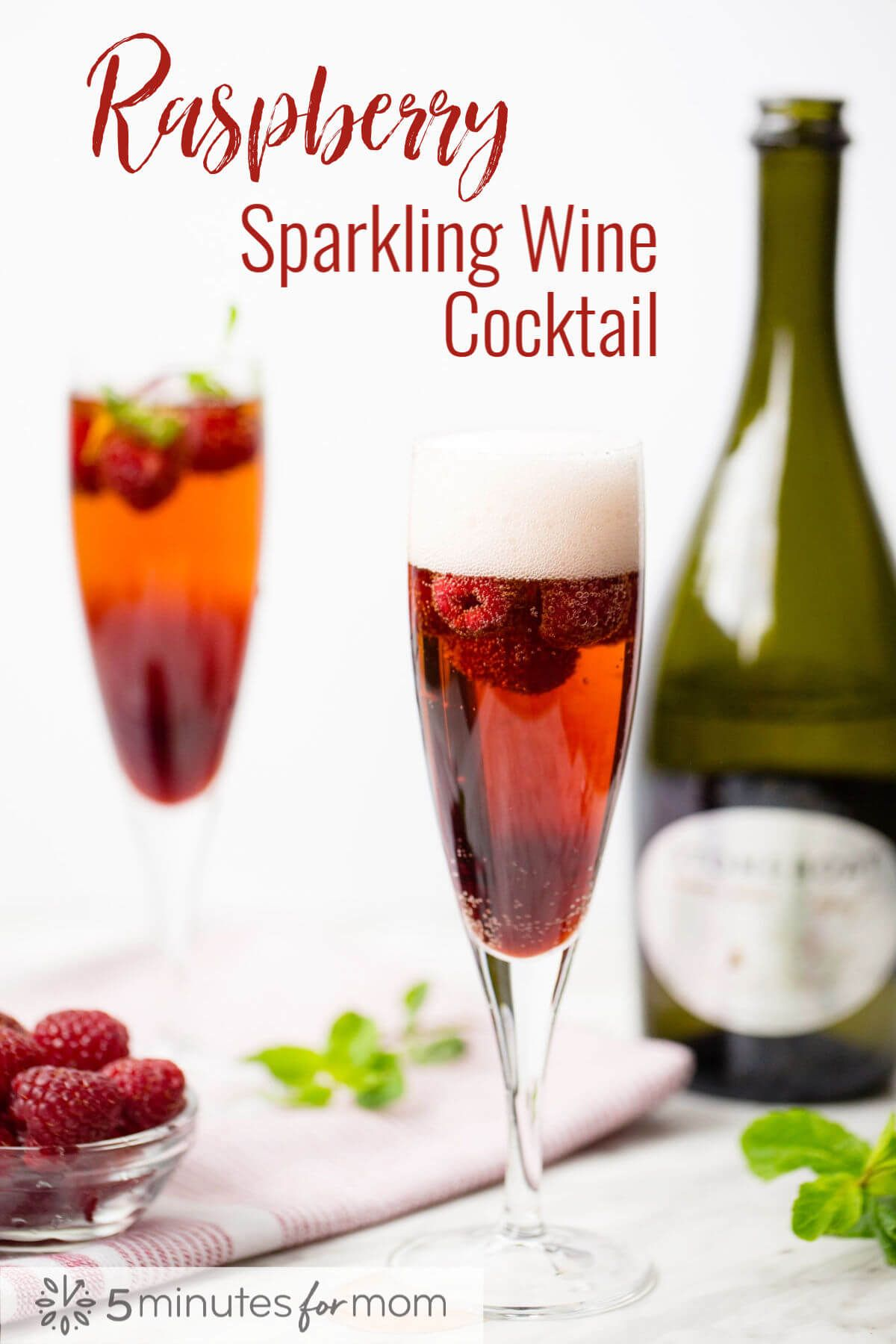 Raspberry Sparkling Wine Cocktail How To Make A Delicious And Stunning Raspberry Sparkling Wine Cockta Sparkling Wine Cocktails Sparkling Wine Wine Cocktails