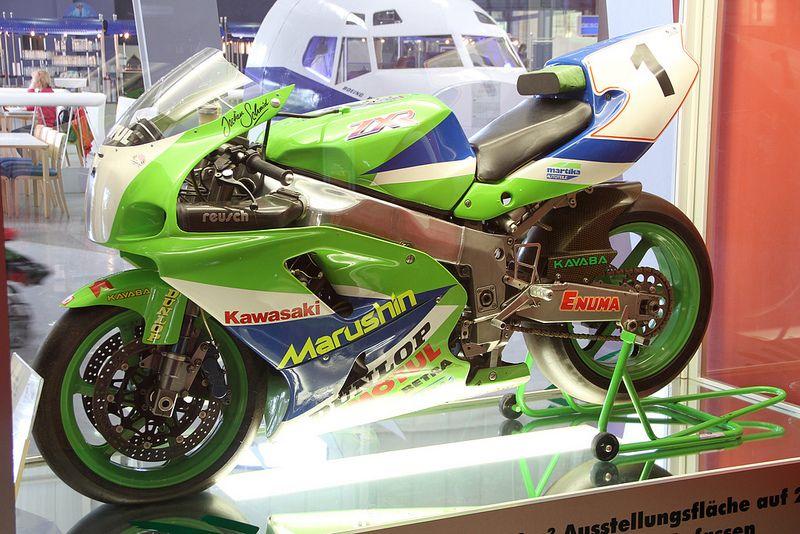 Kawasaki Zxr 750 R Old Monsters Kawasaki Bikes Motorcycle