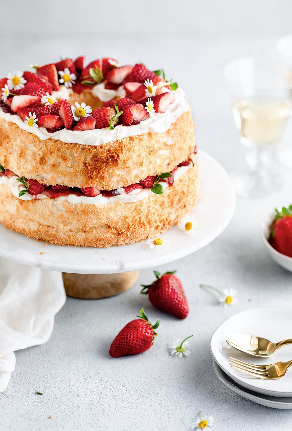 Strawberry Angel Food Cake With Honey Marcarpone Cream Strawberry Angel Food Cake Brunch Desserts Angel Food