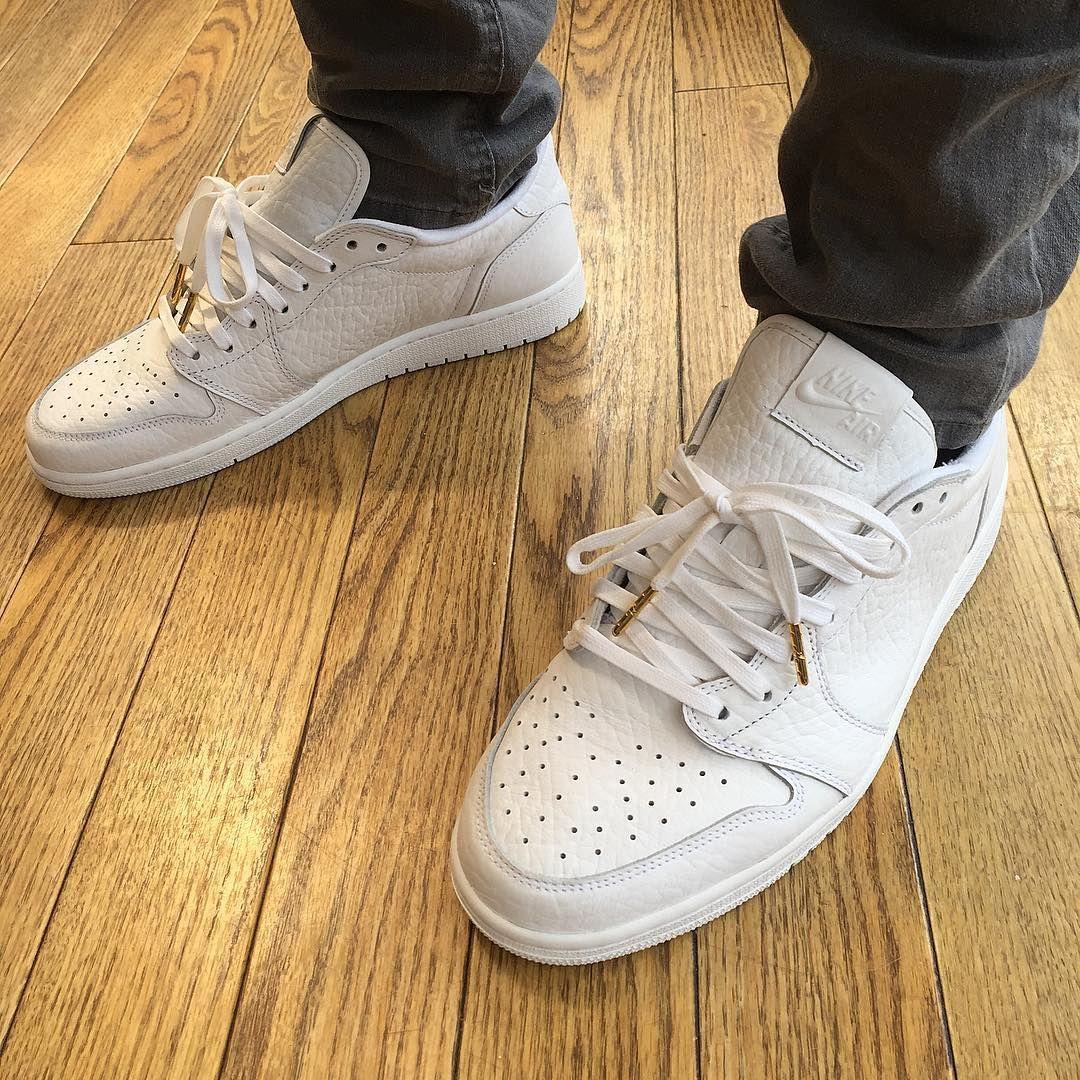 adidas Originals calabasas in weißbeige Foto: dianakmir
