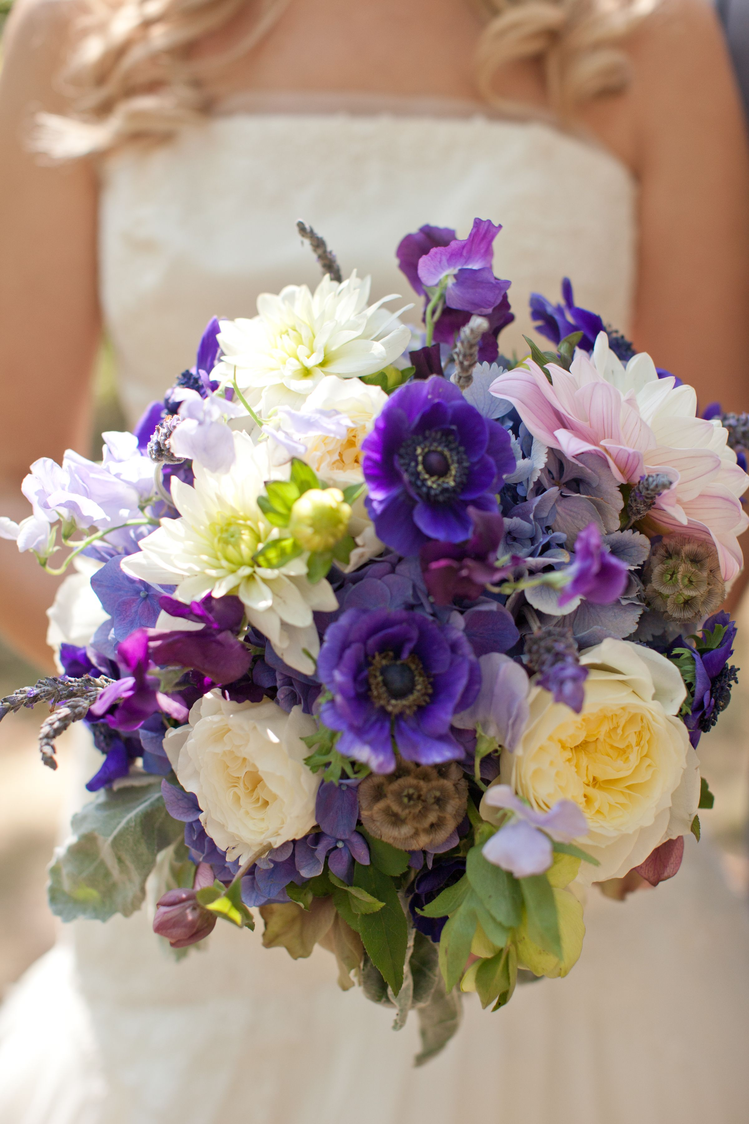 White and purple bouquet love marriage pinterest purple white and purple bouquet izmirmasajfo