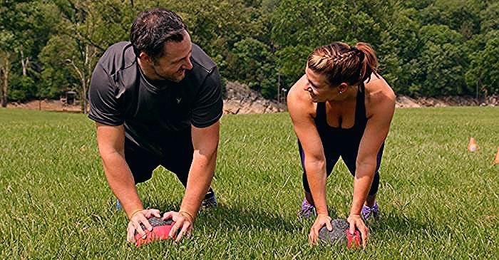 Photo of Couples Workout: 7 Outdoor Cardio Drills