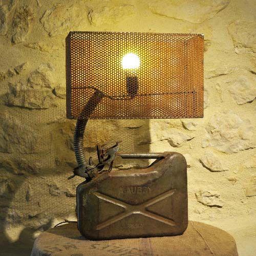lampe creation deco industrielle loft atelier jerrican aubry paris le grenier du marquis 88 90. Black Bedroom Furniture Sets. Home Design Ideas