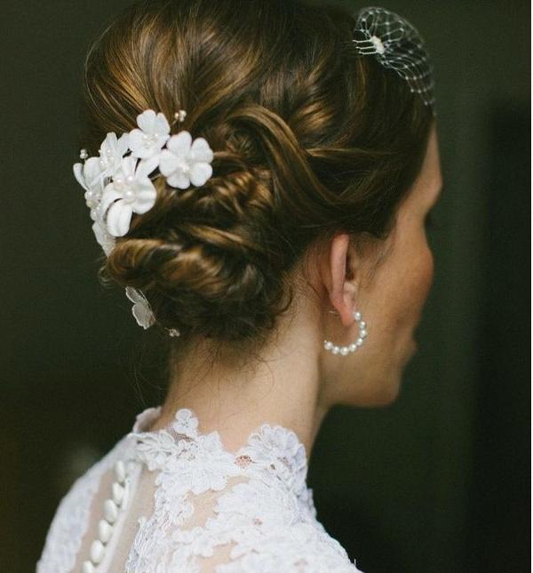 Beautiful wedding hair decoration. birde weddingidea