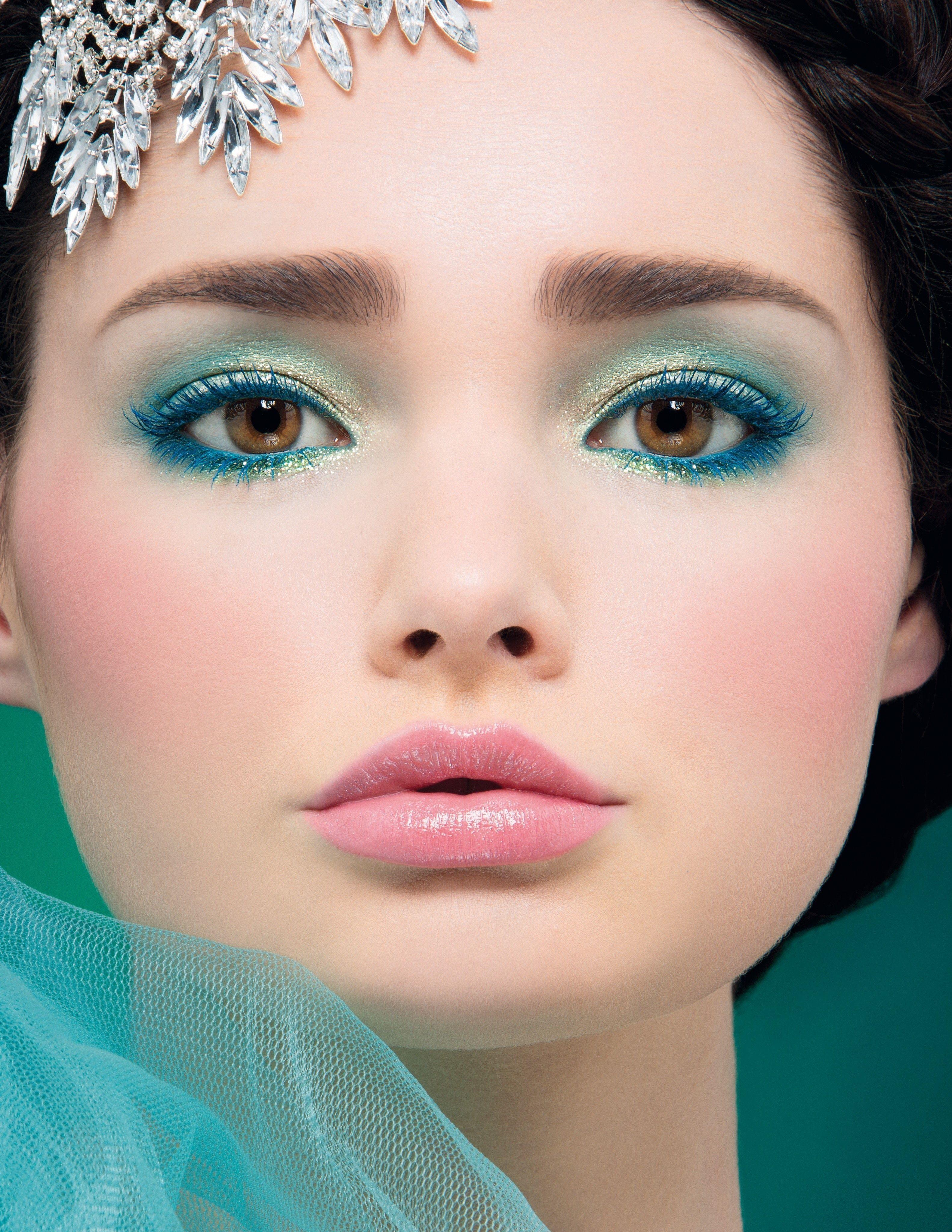 Showgirl Transformation Beauty Makeup Blue eye makeup