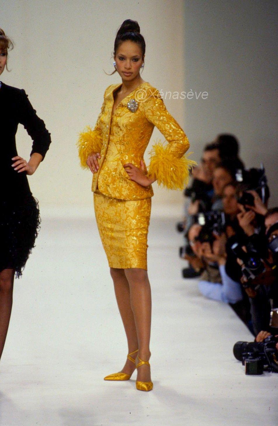 FallWinter 1995 | BRANDI QUINONES RUNWAY en 2019 | Fashion