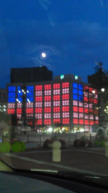 Indianapolis Power And Light Building On Beautiful Monument Circle,  Downtown Indianapolis Is So Beautiful With