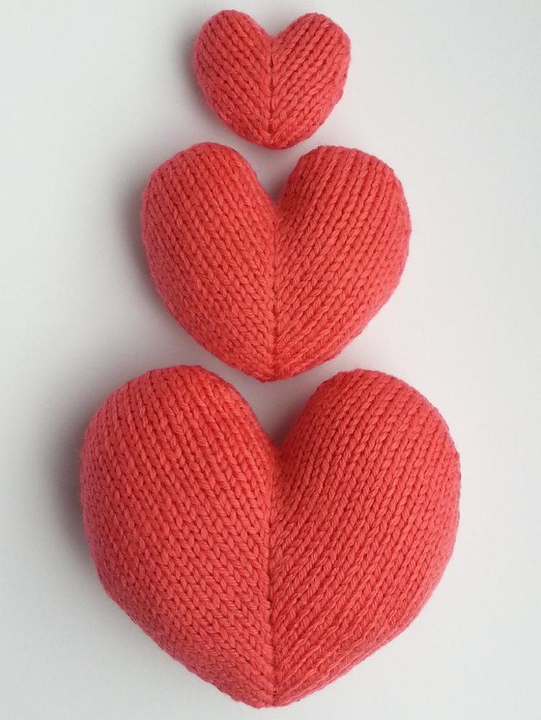 Love hearts in three sizes - 5cm, 9cm and 13cm wide. The front and back are knit flat then sewntogether and stuffed. Makes a sweet Valentine or anniversary gift! Find this pattern at LoveKnitting.