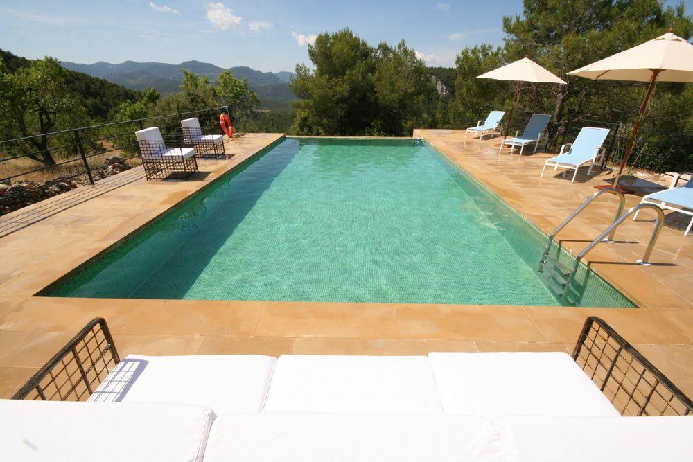 Mas de la Serra, Teruel, Aragon, Spain. A fabulous 8x5m solar-heated swimming pool!