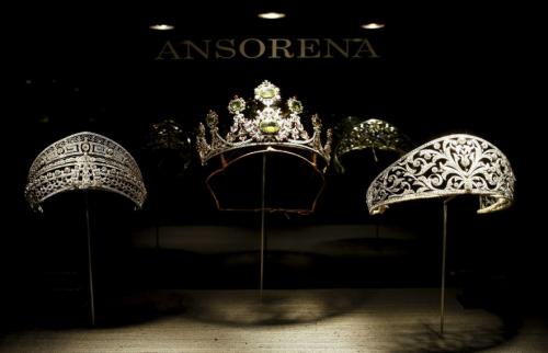 Display of tiaras in Ansorena's window.