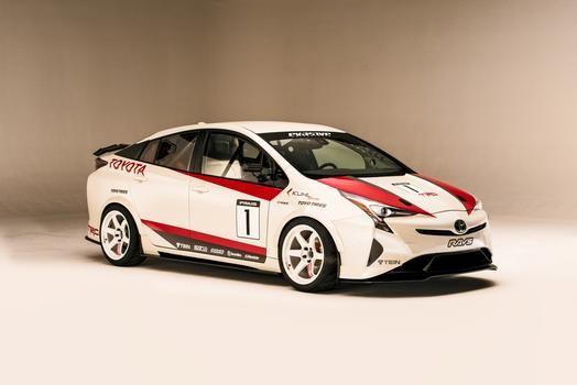 The Toyota Prius G Proves Hybrids Can Handle Toyota Prius Prius