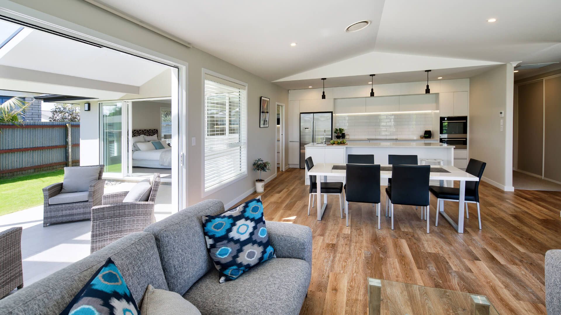 Address 31 Sussex Road Springvale Wanganui Phone 0064 6 343 5007 With Images Display Homes Home Show Home