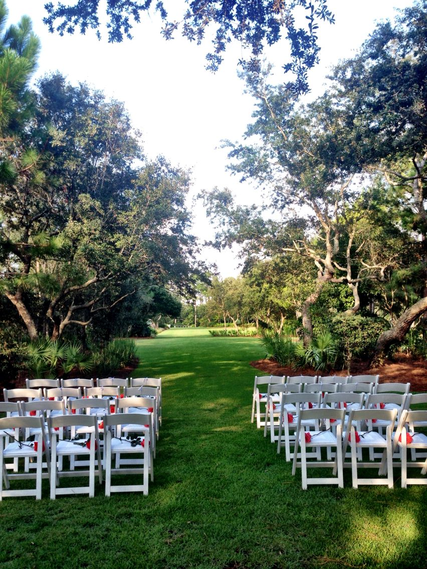 Wedding Ceremony In Cerulean Park At Watercolor Inn Resort