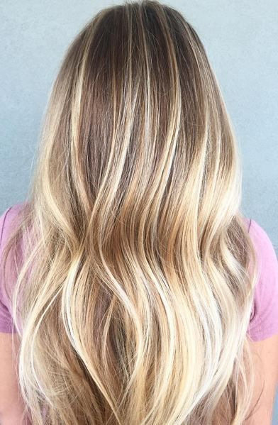 Honey Blonde And Butter Highlights Balayage Hair Blonde Balayage Honey Hair Styles