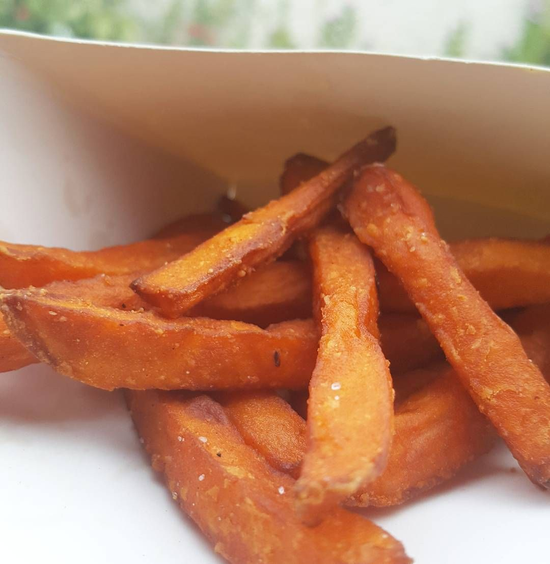 These sweet potato fries were sooo good I almost didn't get to share it with you. But here you go... have some. #fries #sweetpotato #healthy #healthyeating #fit #fitness #Jamaica #Jamaican #876 #caribbean #samsung #Jamaicanfood #samsungmobile #samsunggalaxy #food #hungry #comfortfood #hot #potd #foodpic #foodie by roxychowdown