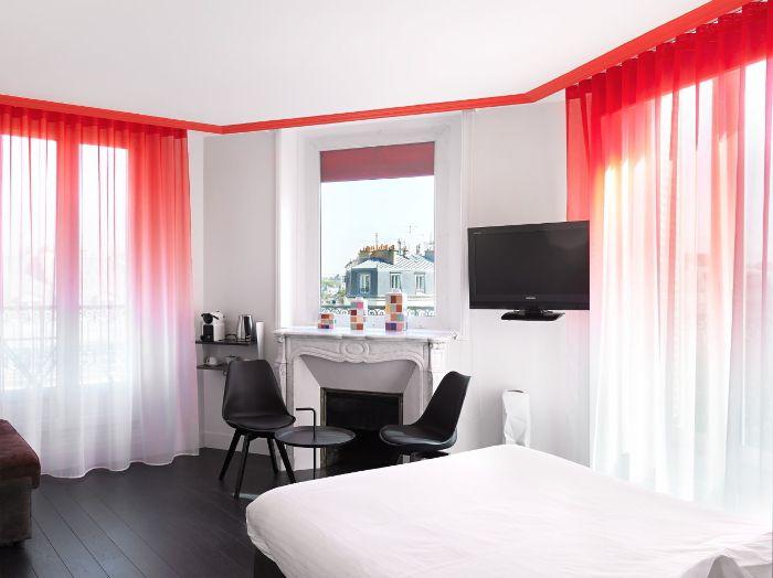 chambre hôtel paris design noir rouge blanc Paris Pinterest