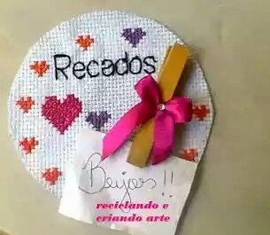 ÍMÃ DE GELADEIRA C CDS: Com papel,  tecidos faça  diversos  bichinhos, flores,o desenho que quiser.