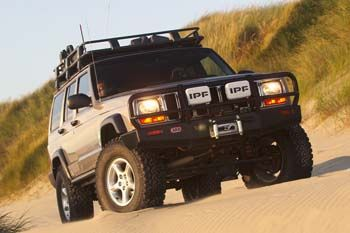 Arb Deluxe Bar Jeep Cherokee Xj 1997 02 With Images Jeep