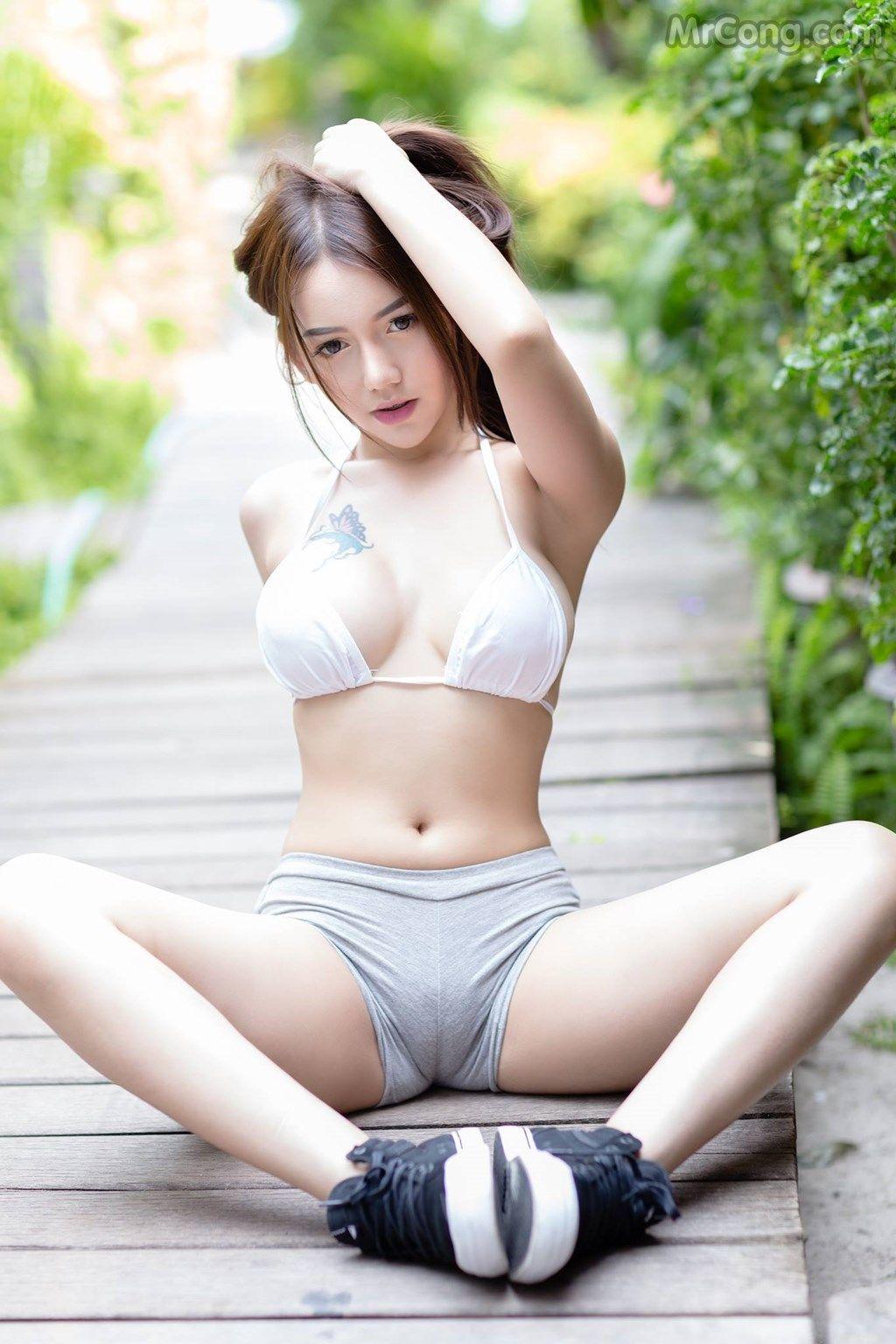 Ami Ichinose Cute Japanese Girl