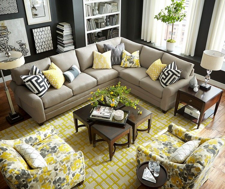 Wohnzimmer Dekoration Mit Textilien Als Farbakzenten