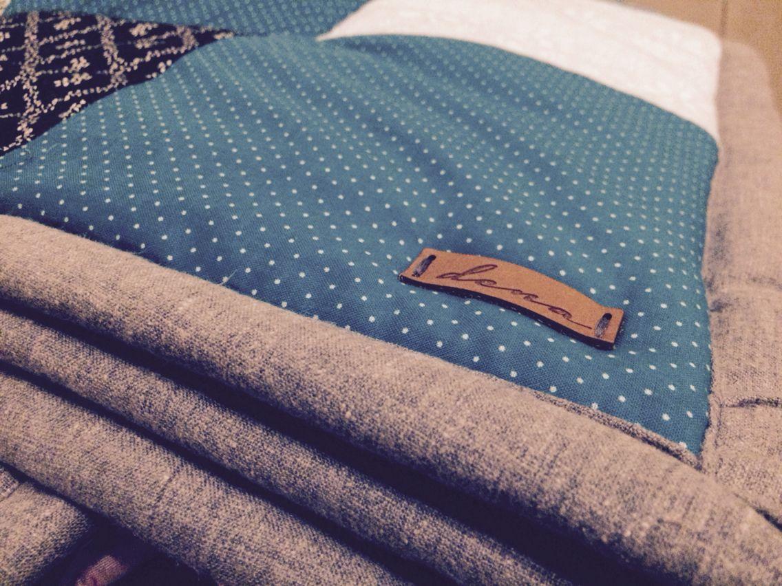 Eigene Patchworkdecke mit selbst gestaltetem Label. | Decken nähen ...