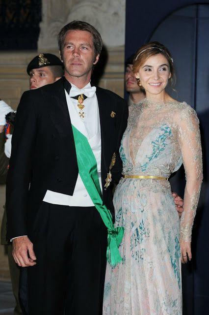 Emanuele Filiberto De Saboya Y Su Esposa Clotilde Courau