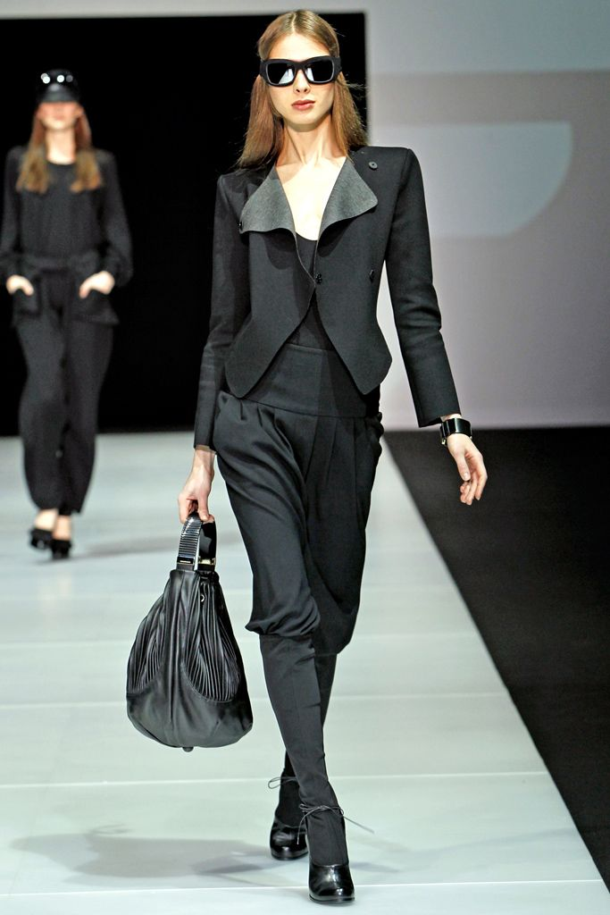 Emporio Armani Fall 2011 Ready-to-Wear - Collection - Gallery - Style.com