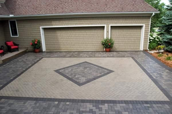 The Best Pace To Have The Best Driveway Designs Decorifusta In 2020 Paver Driveway Cheap Outdoor Fire Pit Driveway Pavers Design
