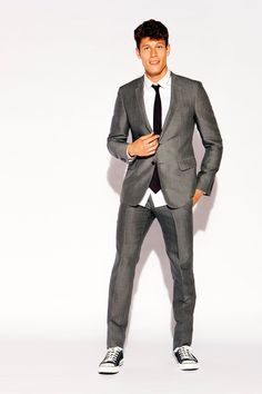 7dc99b79b246 slim fit suit w/ converse on young guys... | Austin in 2019 | Suits ...