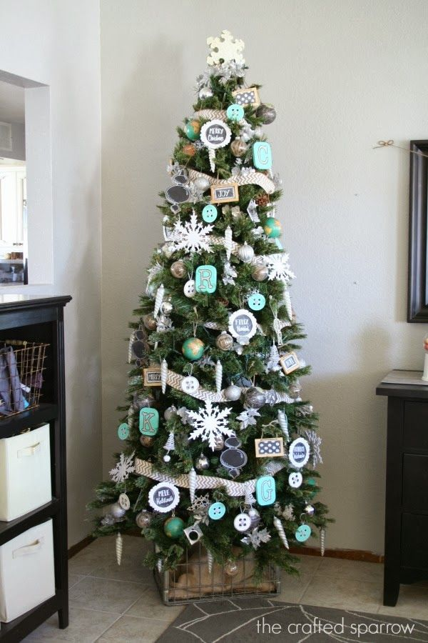 69 Christmas Tree Decorating Ideas You Haven't Seen Before -   17 christmas tree decor 2020 pink ideas