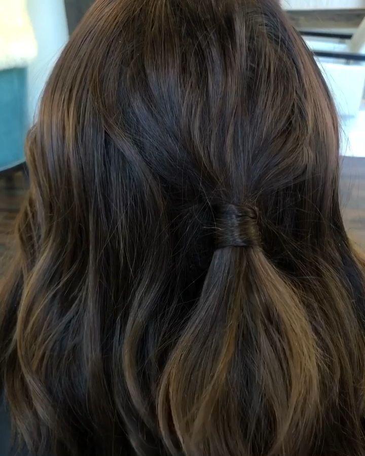 Photo of Dekk en elastikk med håret ditt