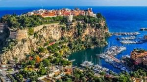 """#RivieraHomeHolidays - Discovering Monaco by cultural walks! Monaco isn't just high-rise buildings, luxury yachts and Ferraris shown off in the Casino Square... a native of Monaco accompanies visitors from district to district on cultural walks, for a """"different"""" kind of tour around Monaco. Check out! Info on http://www.monaco-rando.com/  #monaco #montecarlo #ferrari #monacoculturalwalks #culturalwalks"""